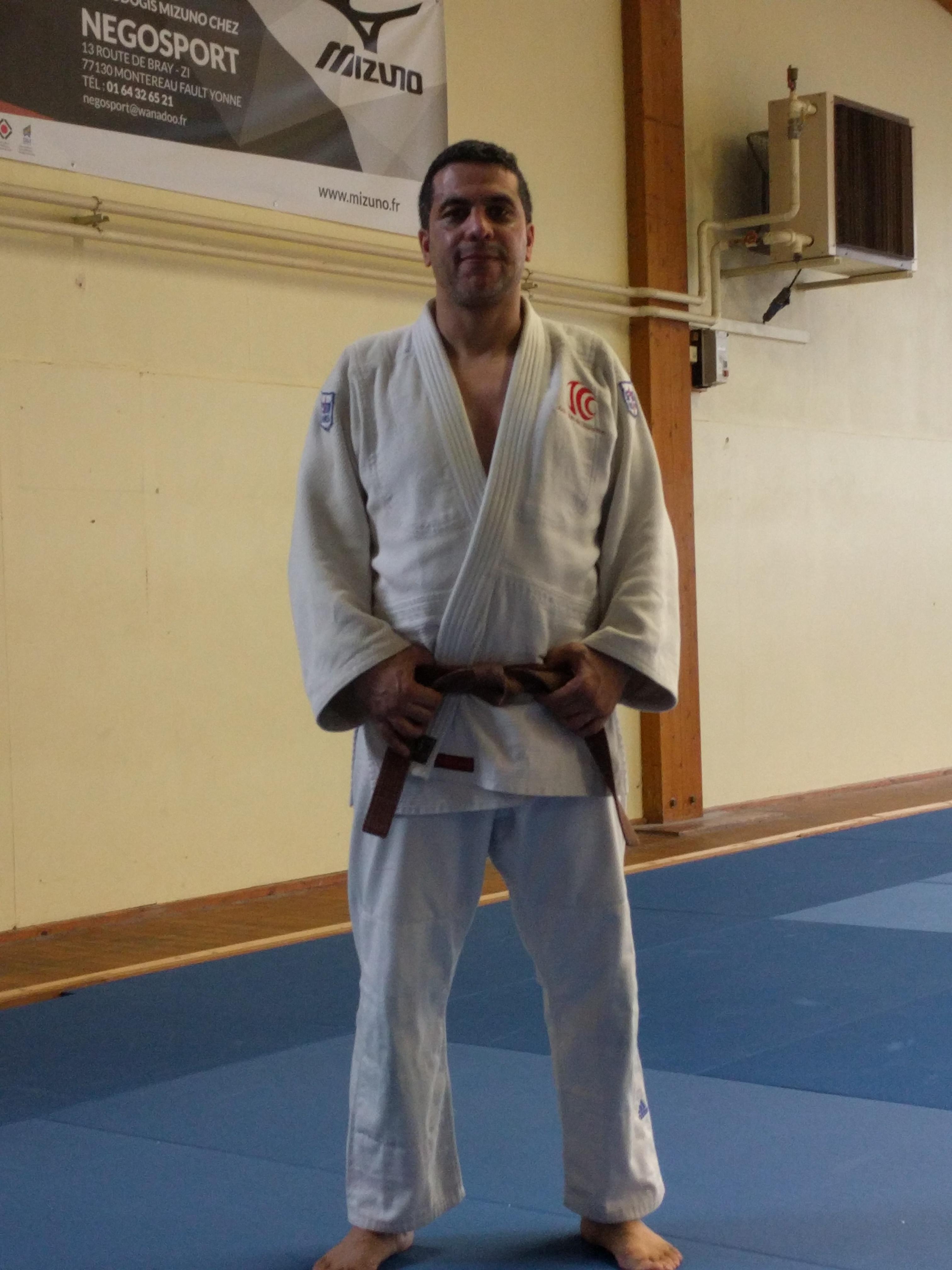 Zakaria Zarki 30 points